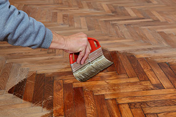 Advantages and disadvantages of wax floor finishes