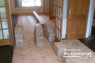 fitting of parquet floor